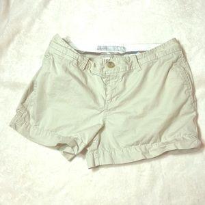 Old Navy Khaki Shorts EUC